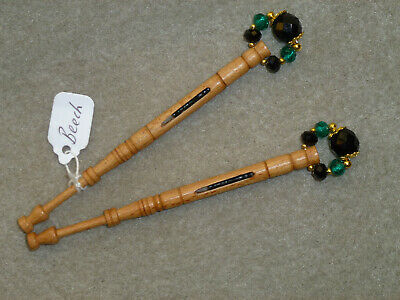 LACEMAKING LACE BOBBINS PAIR BEECH - Mother-and-Babe