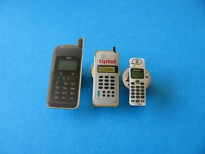 3, Vintage MOBILE PHONE Pin Badges, VGC. Including Sony.