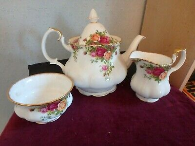 "Royal Albert English Bone China ""old Country Roses"" 2 Pint Tea Pot, M/jug, S/bow"