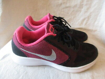huge selection of 05269 8a7f3 Nike revolution casual Trainers size 4