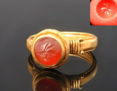 Late Roman To Byzantine Period Gold Ring Set With Carnelian Intaglio (M304)
