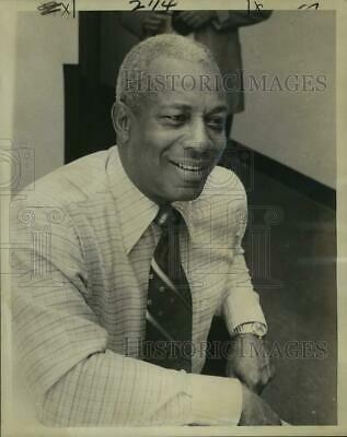 1975 Press Photo Dr. Leroy Walker, AAU Track and Field chairman - noc42369