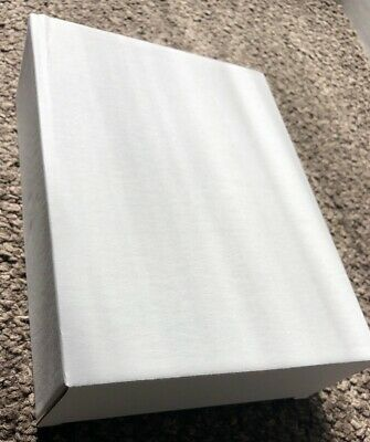 CHEAP WHITE CARDBOARD POSTAL BOXES 17x22x6.5cm left from sold goods