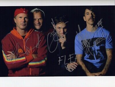 Red Hot Chili Peppers Signed Autographed Photo 8x10 NO REPRINT