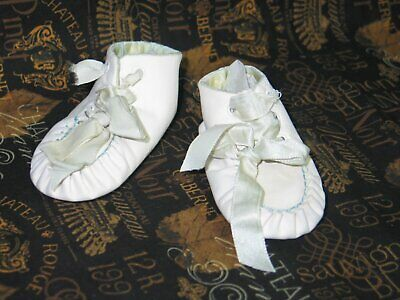 Darling Antique Vintage Baby Doll Shoes-White Leather-Lined w/Silk-Satin ties
