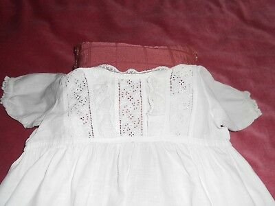 Antique/Vintage Victorian/Edwardian cotton CHRISTENING GOWN broidery lace desing