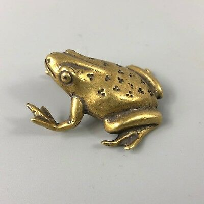 Chinese Rare Antique Collectible Old Brass Handwork Plum Blossom Frog Statue