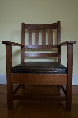 Antique American Arts & Crafts Mission Oak Arm Chair with Leather Cushion