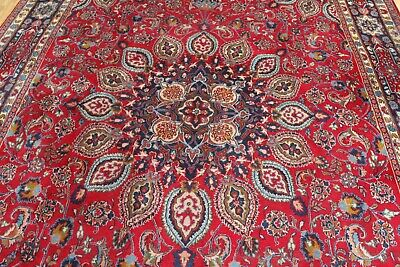 A MARVELLOUS OLD HANDMADE TRADITIONAL ORIENTAL CARPET (405 x 275 cm)