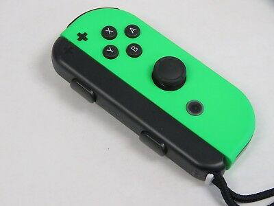 Nintendo - Joy-Con (Right) Wireless Controller for Nintendo Switch - Green