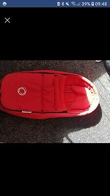 Bugaboo Bee Baby Cocoon Red with Newborn Head Hugger/Support