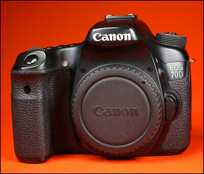 CANON EOS 70D 20MP Digital SLR Camera Body Only **Spares or Repairs **