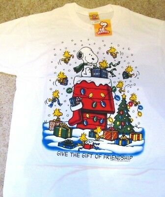 Snoopy Christmas Images.Snoopy Christmas T Shirt Peanuts White Small Gift Of Friendship Nwt Woodstock