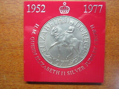 Queen Elizabeth II 1952-1977 Silver Jubilee Commemorative Crown Coin In Case