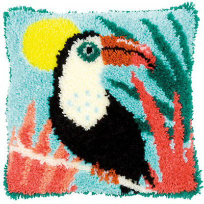 Toucan Latch Hook Kit Cushion Front kit 40x40cm By Vervaco