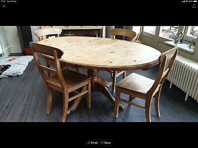 Solid wooden pine dinning table and 4 chairs, excellent condition