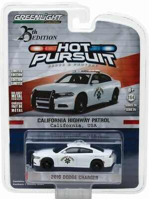 2016 Dodge Charger POLICE  California Highway Patrol USA ** Greenlight 1:64 OVP