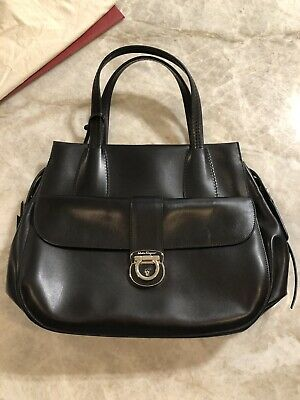 708e044893e0 NWOT  SALVATORE Ferragamo Classic Saffiano Leather Kelly Handbag ...