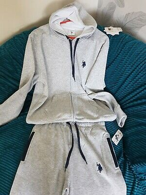 0e4518003a33 Mens Polo Tracksuit. Available Blue black grey And Sizes S