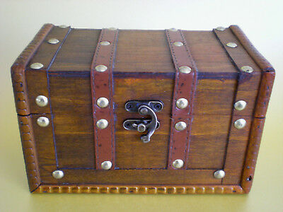 SMALL VINTAGE STYLE WOODEN TREASURE CHEST STORAGE BOX jewellery sewing case NEW