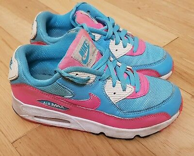 newest fe8a2 1333b Nike Air Max 90 Girls Trainers Blue And Pink Size Uk 2