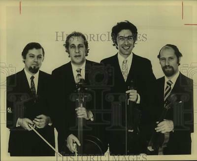 1974 Press Photo Four Members of The Guarneri String Quartet in portrait smiling