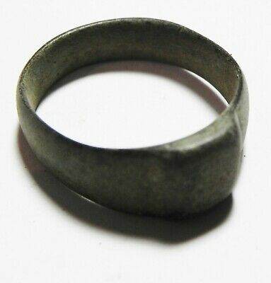 ZURQIEH -as11132- ANCIENT ISLAMIC  BRONZE RING. 700 - 1000 A.D