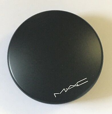MAC  Mineralize Skinfinish Natural Powder - LIGHT - 100% Authentic