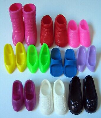 Mattel BARBIE Doll Accessories: Mixed Lot of SHOES 10 Matching Pairs Boots Heel+