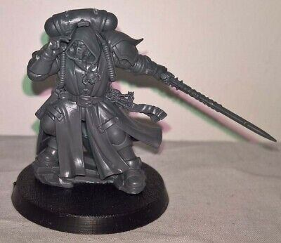 ML SS Warhammer 40,000 Space Marines Vanguard Primaris Librarian in Phobos Armor