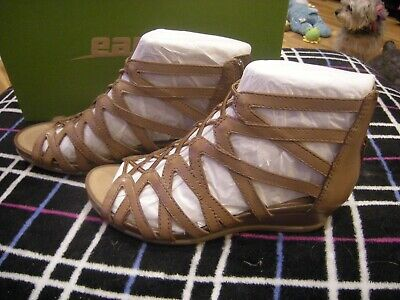 74a43b463920 EARTH JUNO WOMENS Sz 8 Almond Brown Soft Leather Wedge Sandals Shoes ...