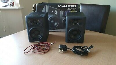 M-Audio AV32 Active Studio Monitors - NEVER Used + Orignal Box M-AUDIO SPEAKERS