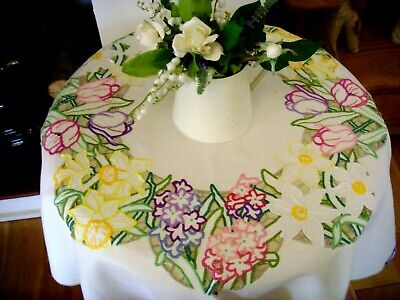 Beautiful Vintage Hand Embroidered Tablecloth ~ Spring Flowers Tulips Narcissus