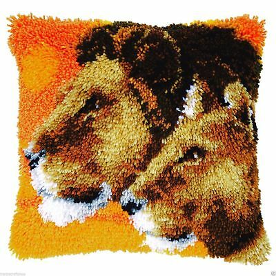 Lion & Lioness Latch Hook cushion front kit by Vervaco 40x40cm latch hook canvas