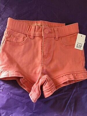 GAP , Denim short 5T girls (5 years),color pink . NEW with tag