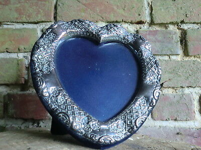 HALLMARKED ENGLISH SILVER LGE HEART SHAPED PHOTO PICTURE FRAME 19.5 cm H x 19cmW