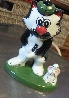 Lorna Bailey Golfing cat Excellent Condition FREE P&P