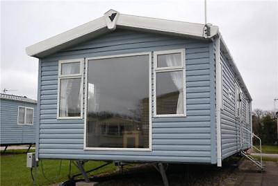Luxury 2 bedroom static caravan includes new decking