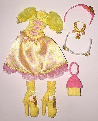 Ever After High Birthday Ball Rosabella Beauty Doll Outfit Clothes Dress & Shoes