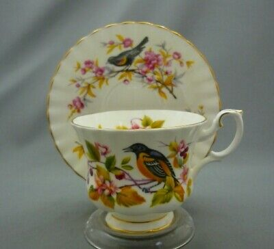 Woodland Series BALTIMORE ORIOLE Royal Albert England Bone Tea Cup & Saucer
