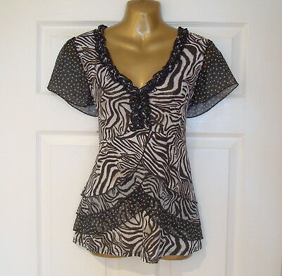 Per Una - Ladies Brown Patterned Short Sleeved Frilled Front Top - Size 14