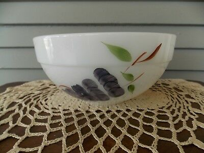 Vintage Anchor Hocking Fire King Gay Fad Fruit Mixing Bowl 8 3/4""