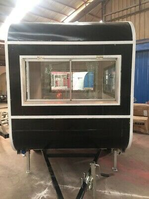 Food truck, food trailer ready to go! L9xW6.5xH6.5, weight 1500 lbs, in US