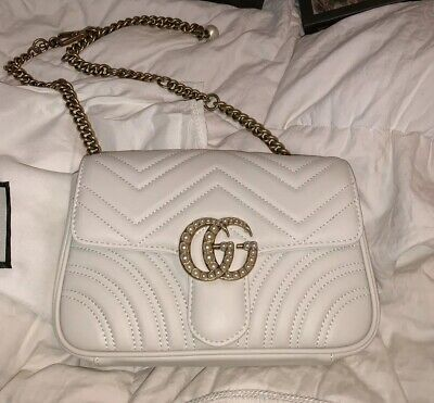bc1ca032bbc GUCCI GG MARMONT Matelasse White Leather Pearl Belt Bag AUTHENTIC ...