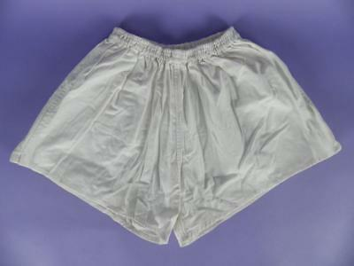 """Original Vintage Unused Stock  -  36"""" White Cotton Shorts Made In Hungary - sh33"""
