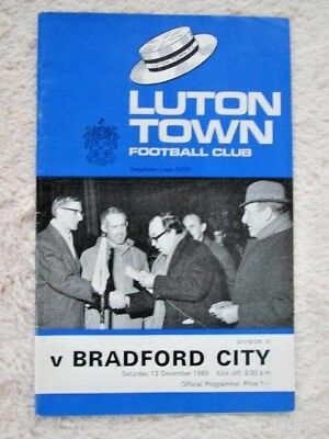 Football Programme Luton Town v Bradford City 13TH December 1969 Division 3