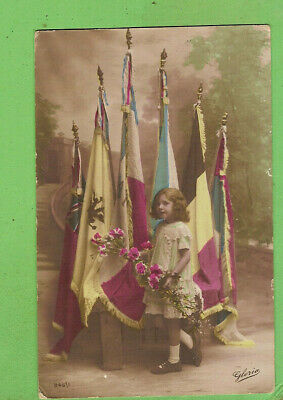 #L.  Wwi   Postcard - Small Girl & Allied Flags