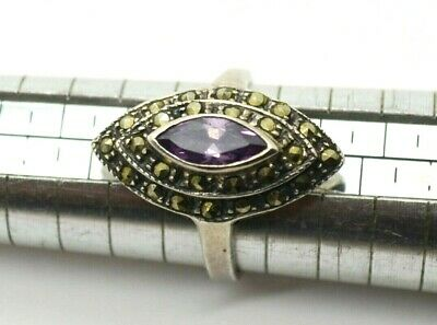Post medieval Silver Ring with Alexandrite gemstone