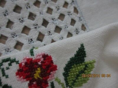 """Mid-Century Linen Tablecloth 58"""" X 58"""" Embroidery And Cutwork No Damage Adorable"""