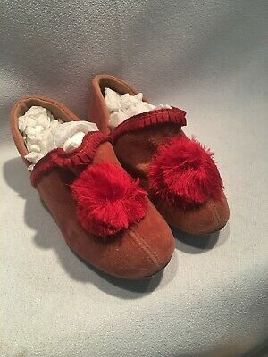 Very Sweet Vintage Pink Velveteen Child or Doll Slippers Shoes with Tassels